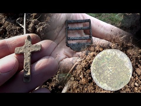 Metal Detecting WW2 and Old relics 1600s / 1900s Coins - Searching in the forest and fields