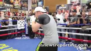 Canelo vs Mayweather - both superstars ready for war!