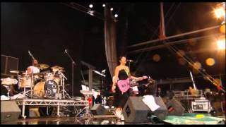 Lily Allen - T in The Park 2007 - Full Concert