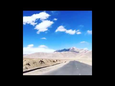 highway trip from manali to leh & ladakh / bike ride / royal enfield