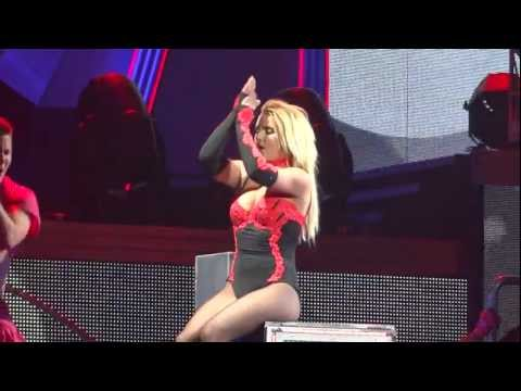 Britney Spears How I Roll Live Montreal 2011  HD 1080P