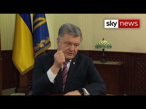 Ukrainian President: 'Russian tanks are on our border'