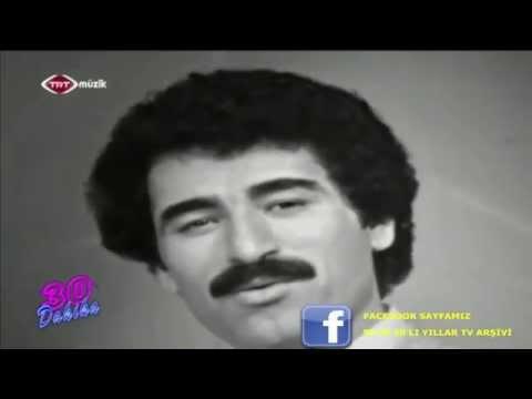 Ibrahim Tatlises Ayaginda Kundura Trt Arsivi Youtube