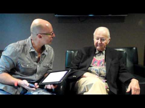 Two minutes with Vic Firth at mikedolbear.com