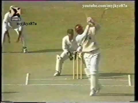 Carl Hooper BASHING Wasim & Waqar - 80 BALLS TEST HUNDRED - Vs Pakistan at Karachi 1997
