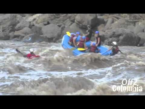 Rafting in San Gil Colombia - 3m Waves on the Rio Suarez!