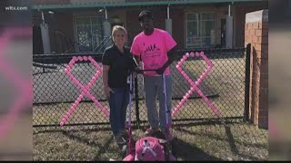 Man mows lawns for patient with breast cancer