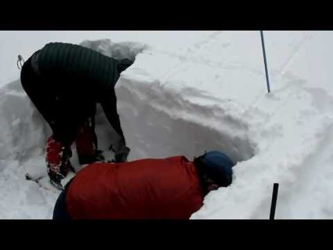 Avalanche training extended column test