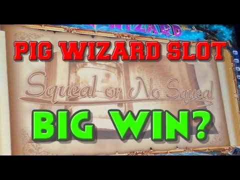 Pig Wizard Slot Machine With Bonus Rounds!