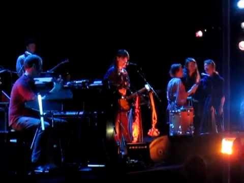 Feist - Sea Lion Woman (Live @ Royal Albert Hall, London, 25/03/12)