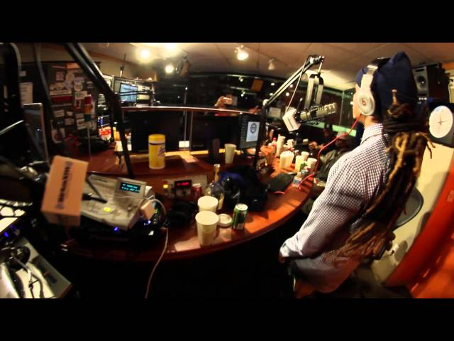 Dee-1 Freestyle on Showoff Radio with Statik Selektah Shade 45 Ep 10/29/15