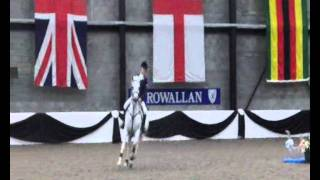 Who's Bob & Poppy Stronge - England Team Event  SHPI 2011