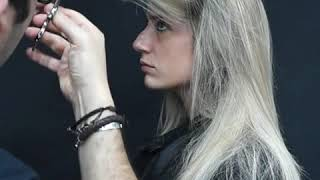 Ti racconto una storia ... la di ragazza alla ricerca disperata .di un parrucchiere che realizzasse il suo sogno ....un ❄balayage biondo ice❄ supe...
