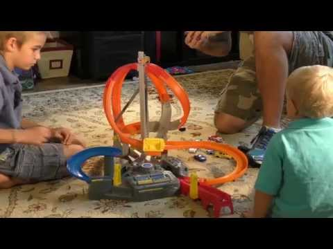Hot Wheels Spin Storm Track Set Review