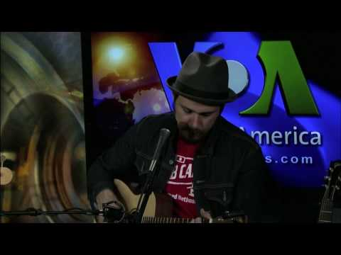 Greg Laswell Performs