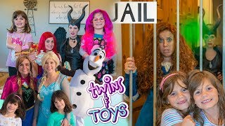 Kate  Lilly FAVORITE Videos with Elsa Anna Maleficent Merida Ariel and more Princesses