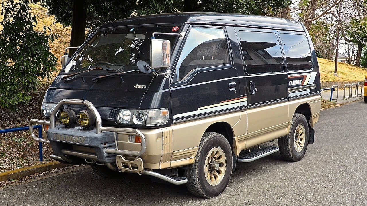 a9a2754268 1991 Mitsubishi Delica L300 Turbo Diesel 4WD (USA Import) Japan Auction  Purchase Review