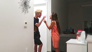 I Caught My Girlfriend CHEATING Prank!