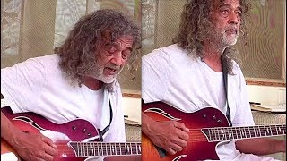 If You Are Lucky Ali Fan but Haven't Seen Him Recently Watch this Video thumbnail