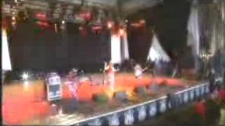 Le Tigre - This Island - live Belfort France 2005