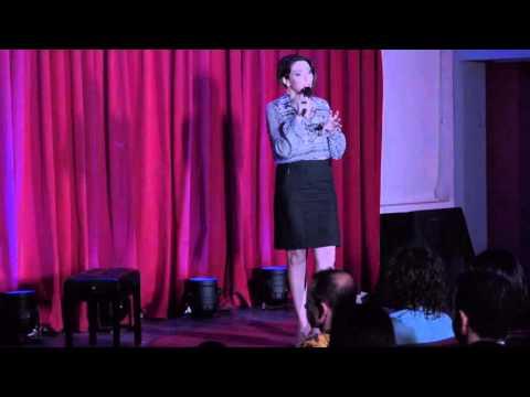 A Política Na Gaveta Das Calcinhas | Liana Cirne Lins | TEDxUFPE