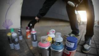 JOY TO THE WORLD GRAFFITI, STREET ARTIST