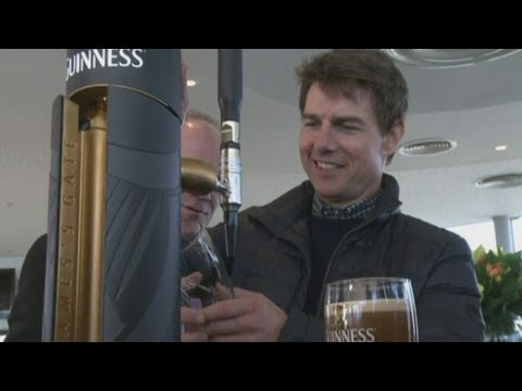 Tom Cruise pours a pint at Guinness factory during Dublin visit