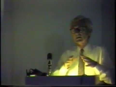 Geoffrey Baker: Le Corbusier's early work through Purism (March 16, 1987)