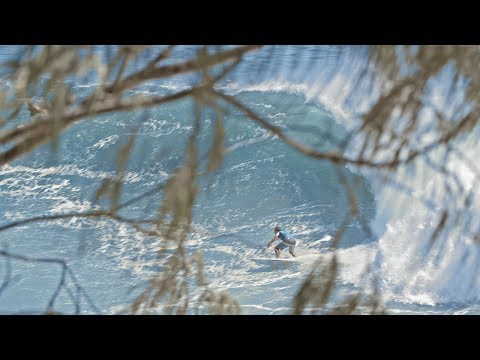 Cyclone Oma, Epic surf at Noosa Heads
