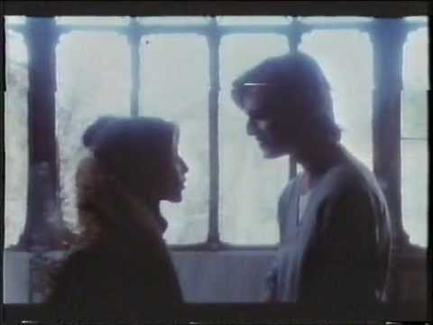 Miguel en Sentados al borde de la cama con los pies colgando (1978) 1/8