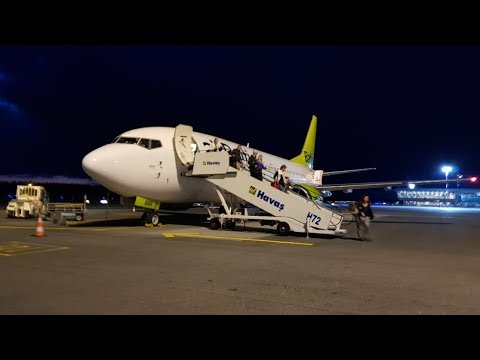 [TAKEOFF & LANDING] airBaltic 737-300 - Riga to Moscow Flight
