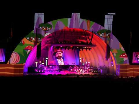 John Stamos Pure Imagination Hollywood Bowl Willy Wonka & the Chocolate Factory Gene Wilder 11/4/17