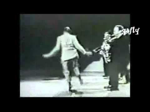 Hey (Nah Neh Nah) the Hot Charleston great dance 2011  remix dance q8fly