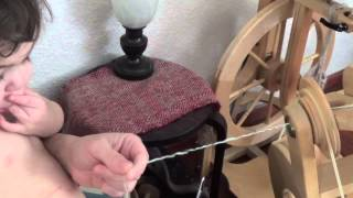 Repeat youtube video Spiral Plying Yarn for Perfect Results Every Time