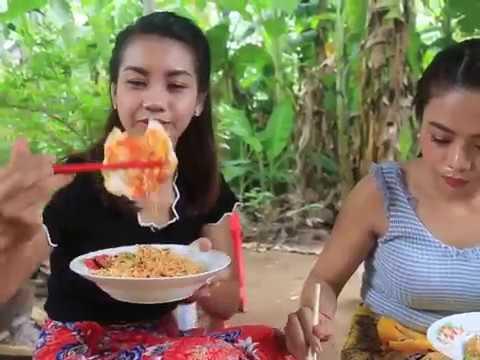 Teknik Memasak Puluhan Mie Instan Supaya Lezat Dan Gurih Mantap