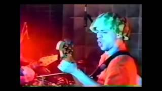 Mamonas Assassinas em Osasco - Suck My Kiss(Cover Red Hot Chili Peppers - 06/10/1995)