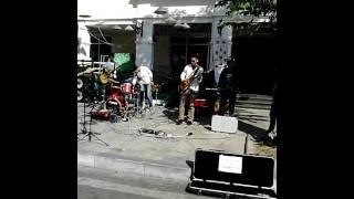 Về ăn cơm - Nhóm nhạc  mới Rock band - liveshow tại Hồ Gươm