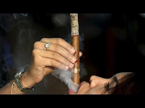 На фестивале сигар в Гаване вас научат правильно курить и пить