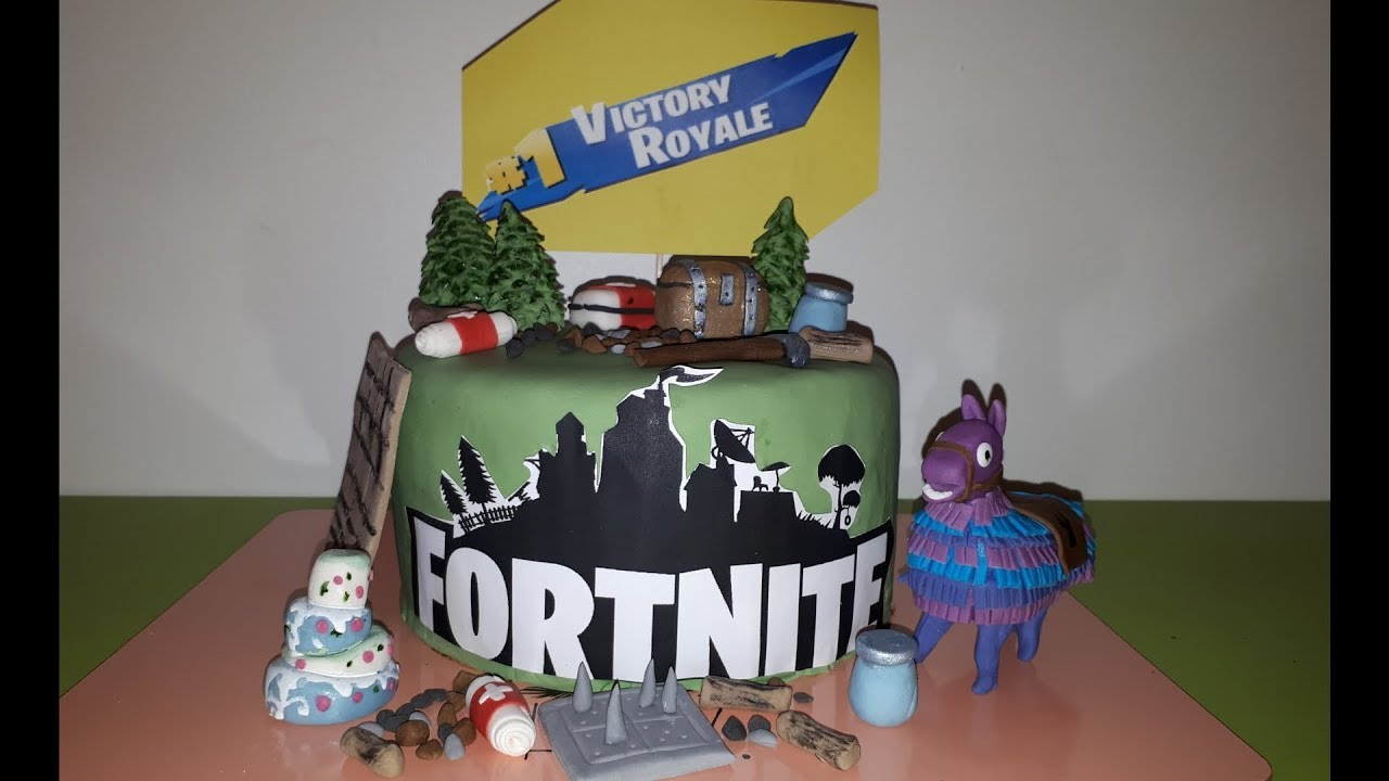 GÂTEAU FORTNITE!!🎮⛏on floss à droite, on floss à gauche et on le dévore !!