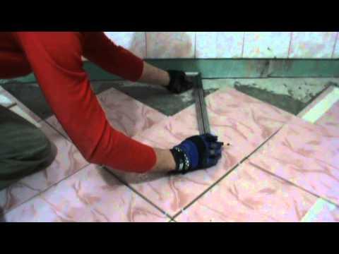 видео: Подрезка плитки у стены при укладке по диагонали