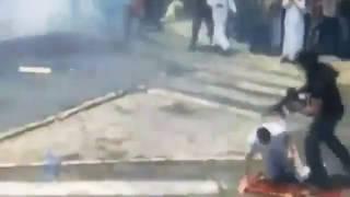 #فيديو_ترند.. جندي إسرائيلي يعتدي على فلسطيني أثناء صلاته