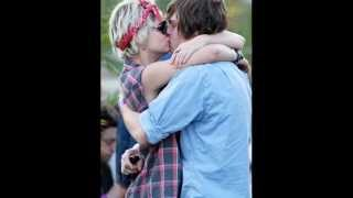 Evan Peters and Girlfriend Emma Roberts