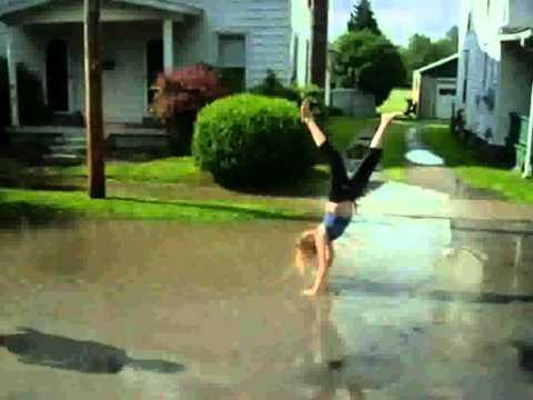 The Judds - Rockin' With The Rhythm Of The Rain (with lyrics)