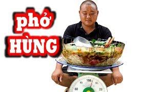 Thánh Ăn Đầu Trọc Thử Ăn Tô Phở Gần Bằng Phở Hùng Sẽ NTN | Sơn Dược Vlogs #314