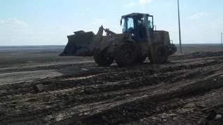 Рабочие раскурочили автодорогу к аэропорту пока ремонтировали его взлетную полосу