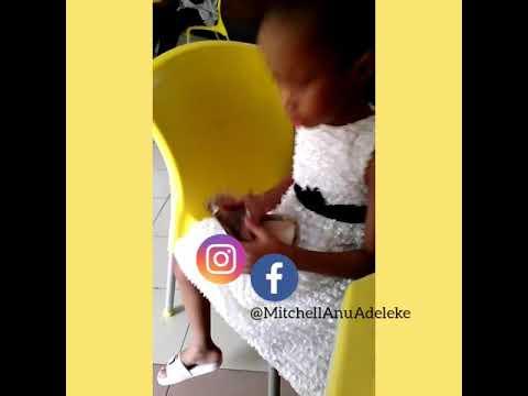 Davido's abandoned daughter counts her birthday money Kemi Olunloyo sprayed her