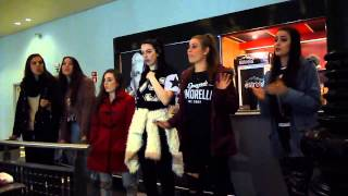 Cimorelli singing Party In The USA at the M&G in Lisbon