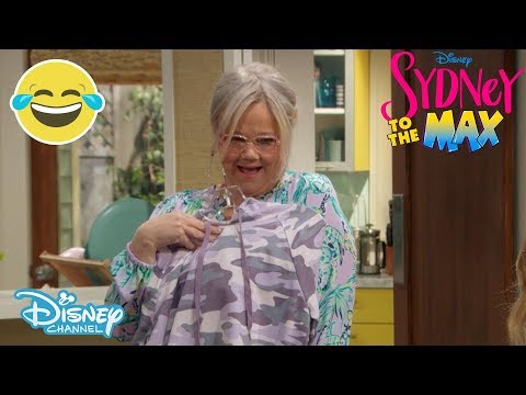Sydney To The Max | SNEAK PEEK: Grandma's Off To College! | Disney Channel UK
