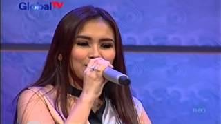 Video Ayu Ting Ting Alamat Palsu Jazz Version [Day Off 15 November 2015] download MP3, 3GP, MP4, WEBM, AVI, FLV Oktober 2017