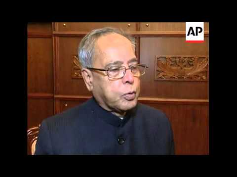 Indian External Affairs Minister Pranab Mukherjee visits country